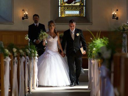 собор в Голландии и счастливая пара modelmetv