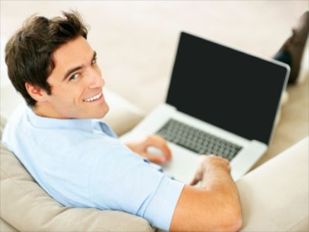 Успешный бизнесмен в сети интернет