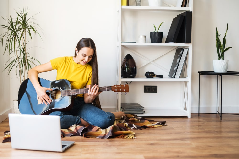 Веб модель: хобби и увлечения помогут в работе