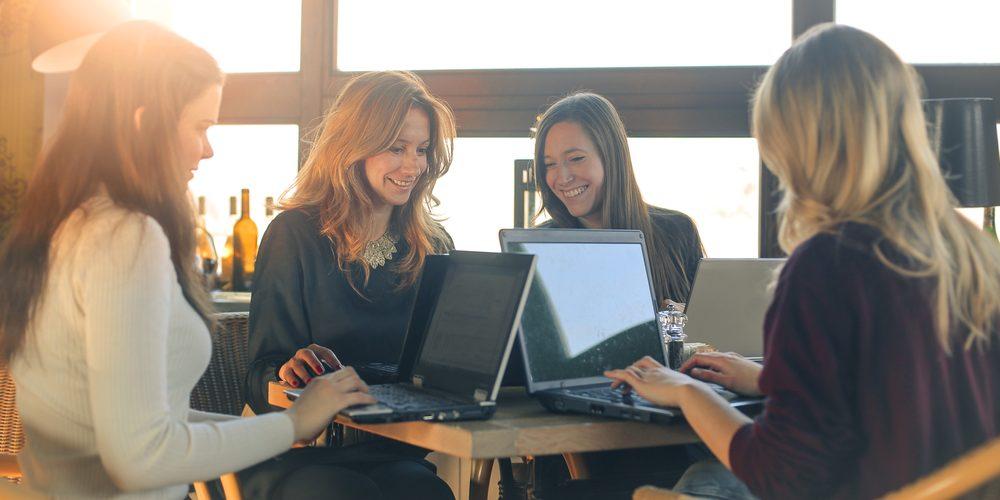 обучение девушек веб моделей