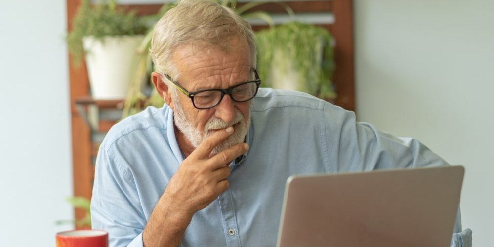 как заработать пенсионеру на дому