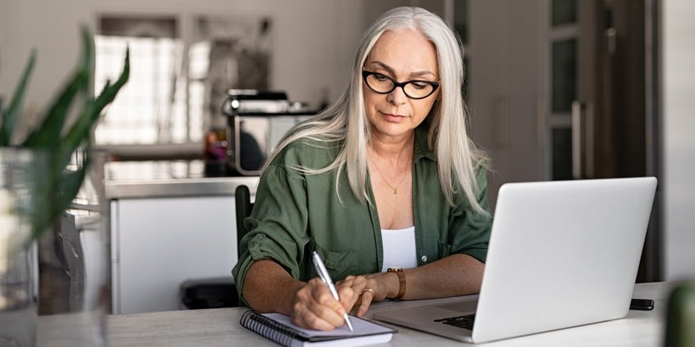 вакансии на дому для пенсионеров